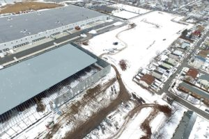 Exterior wall and roof construction of the Prologis warehouse.